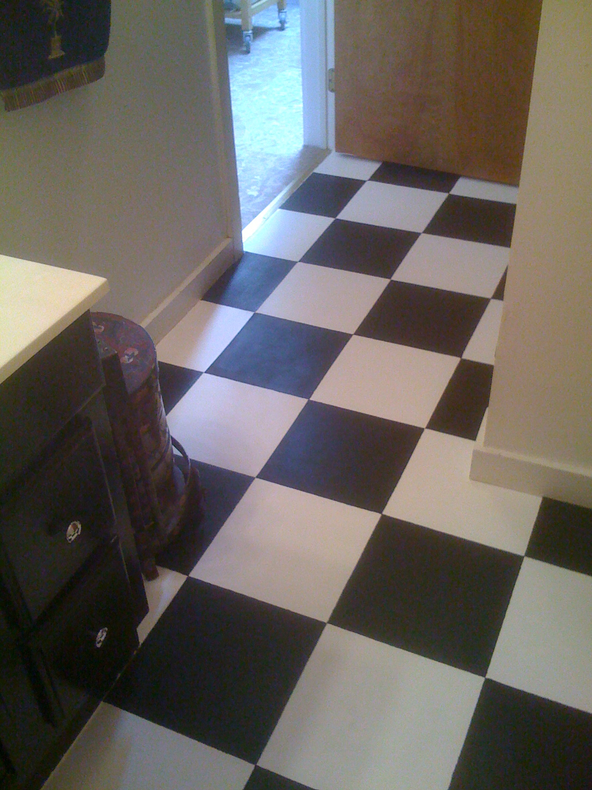 Diy Paint Bathroom Tile Floor : Diy painting old vinyl floor tiles mary wiseman designs