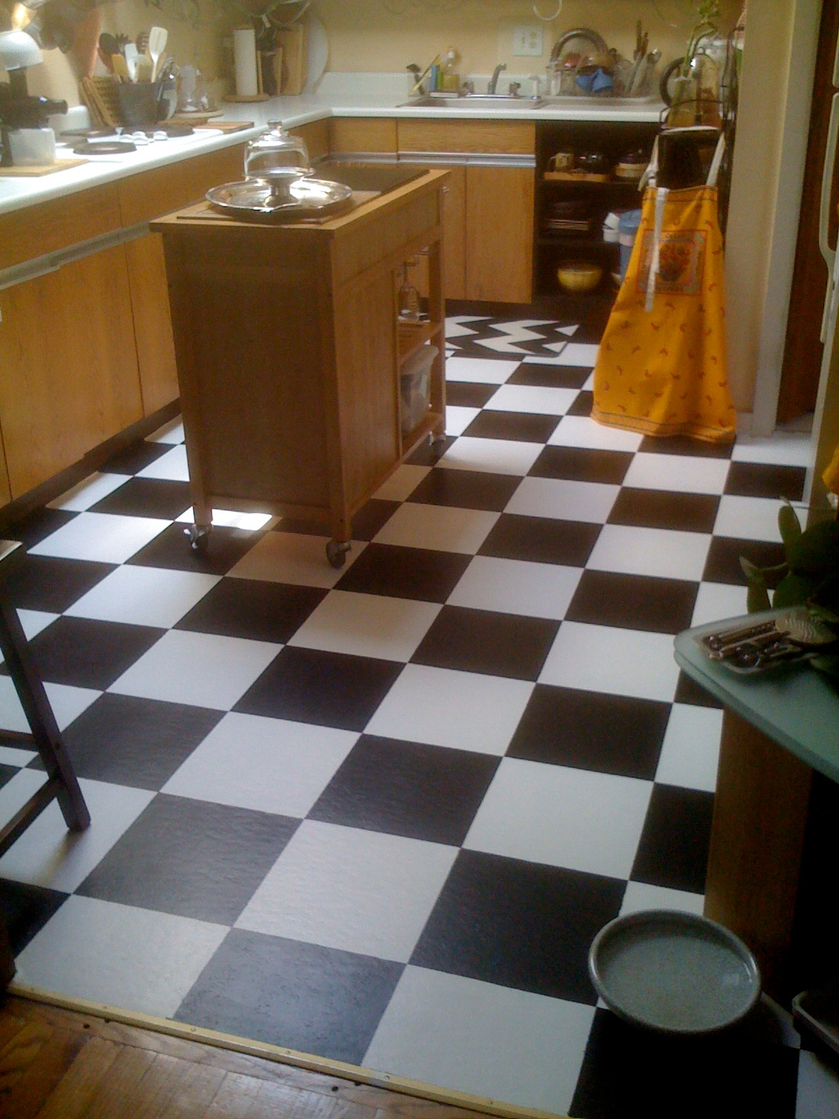 Unique painting over kitchen tiles taste diy hate those vinyl tiles paint over em mary wiseman designs dailygadgetfo Choice Image